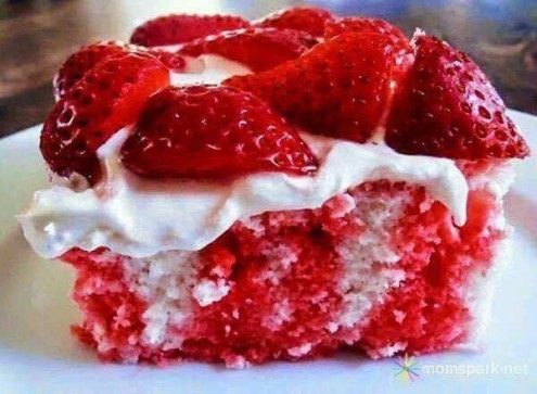 Strawberry- and- Cream -Poke -Cake