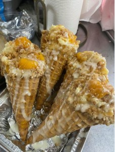 Peach- cobbler- cheesecake- cones